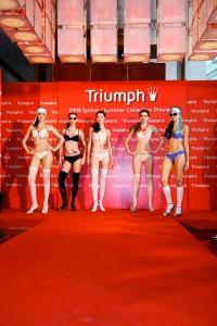 09Triumph-SS08-Display-Photos-900pxW-x-1350pxH.jpg