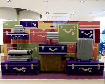 Rimowa_suitcase_webedit_02.jpg